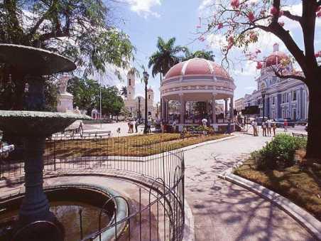 Cienfuegos, ciudad de las cúpulas