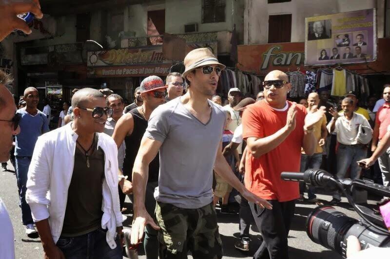 Resultado de imagen para 7. Enrique Iglesias - Bailando