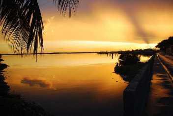 Un atardecer en el Maleconcito, en la Punta
